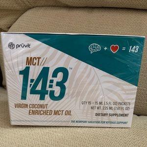 pruvit MCT virgin coconut oil